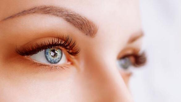 ¿A qué se debe el color de los ojos?