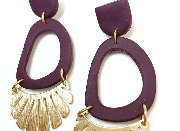 Berry coloured dangle with brass detail