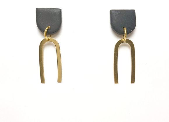 U-shaped brass and black dangle
