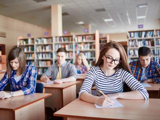 Bessere Französischkenntnisse für DG-Schüler - Luc Frank: Französische Sprache stärker fördern