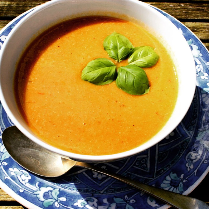 All about the hemp, lentil & carrot soup. #spicey.