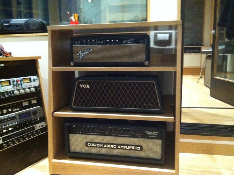 CAE, Fender, Vox
