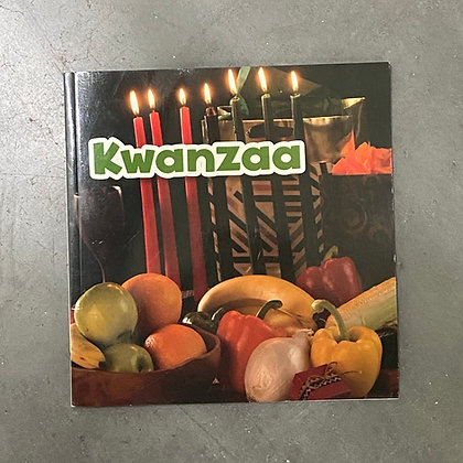 Kwanzaa - Holidays in Different Cultures (Paperback) by Lisa J. Amstutz