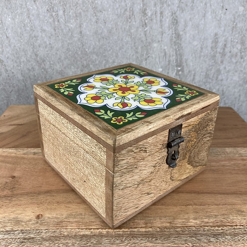 QUINCE WOODEN SQUARE TILE BOX