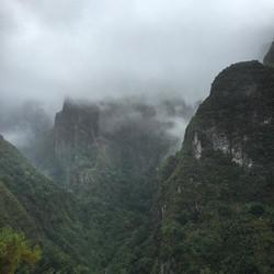 13km hike and raining = cool!