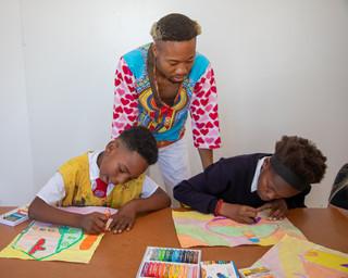 Sir Sikelela teaching art.jpg