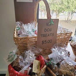 North Country Critters Dog Treat Bags & Gift Baskets