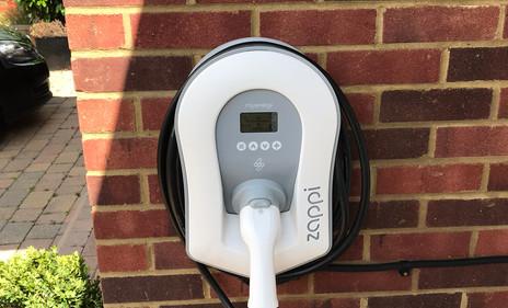 Zappi v2 EV charger 7kw Tethered