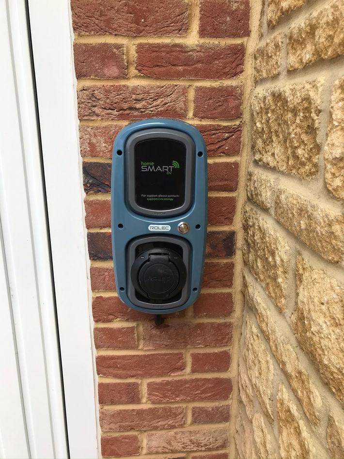 Rolec HomeSmart WallPod 7 (1).JPEG