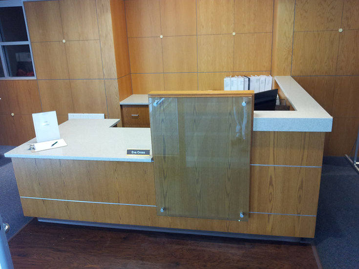 Advantage Reception desk 2.jpg