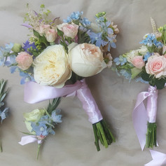 Bridesmaid posies and corsages