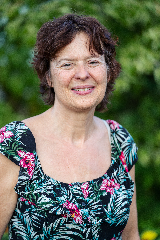 Maria Delacroix, Sekretariat
