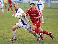 soccer-players-on-field.jpg