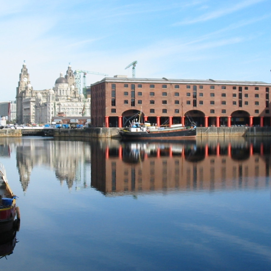 Liverpool City Walking Tour