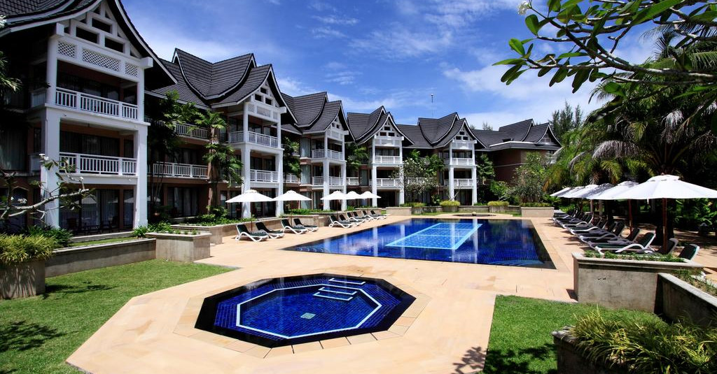 Allamanda Laguna Phuket.jpg