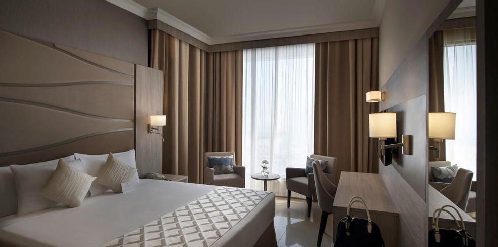 Gloria Hotel 13.jpg