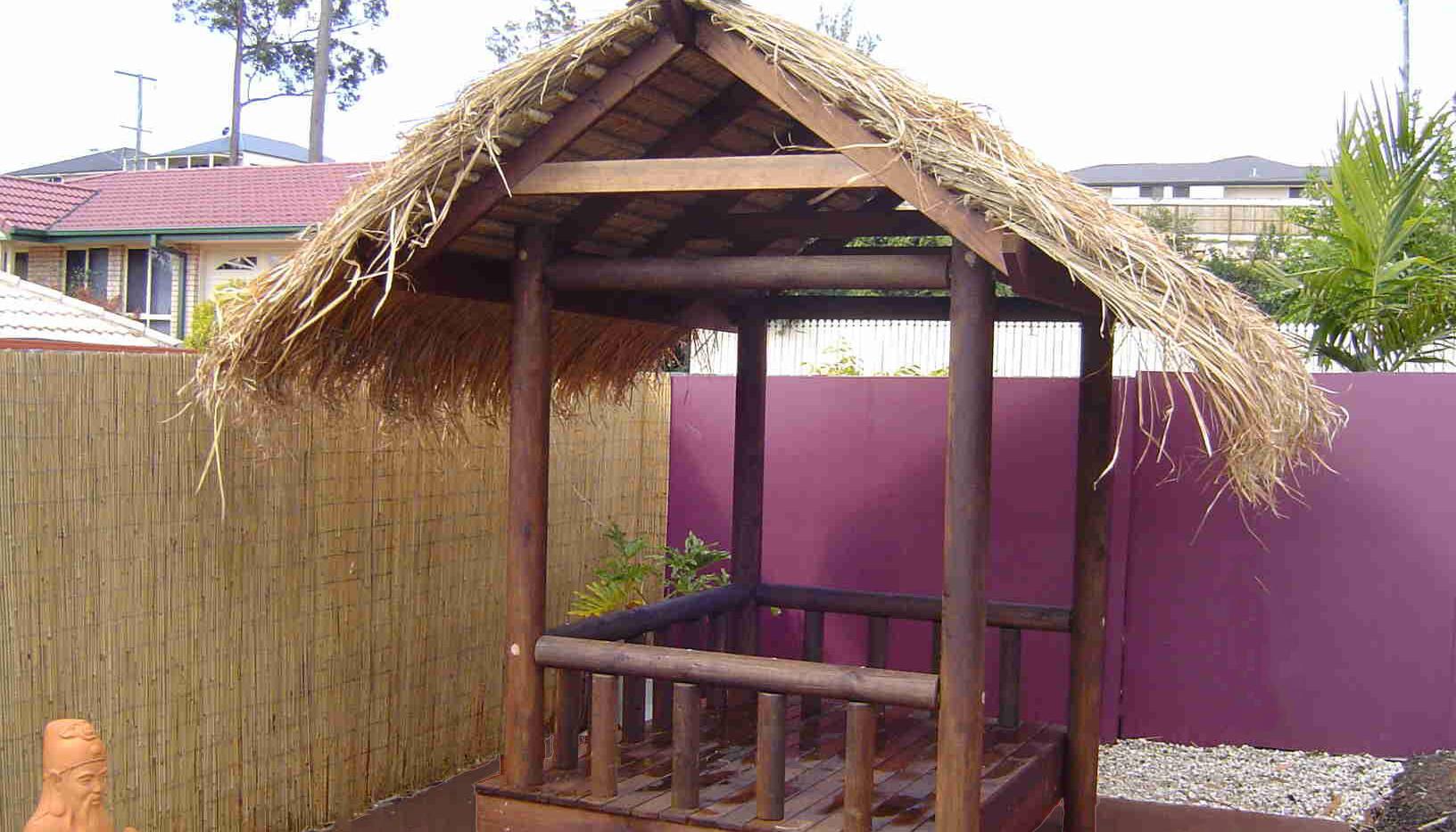 Bali Hut Daybed