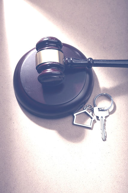 gavel hammer and key ring with house shape_edited_edited.jpg