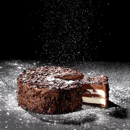 黑森林-櫻桃酒鮮奶油巧克力蛋糕