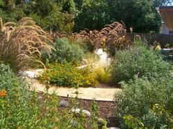 Nature lovers garden - West Hills