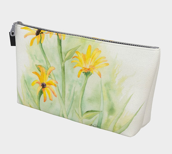 Daisies in the Breeze Make Up Purse