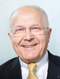 Dr. THOMAS WAGNER.jpg