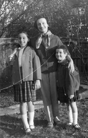 With Janet (l) and Carol (r) in the early 1960s