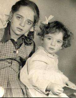 Julia (left) and her sister, 1947