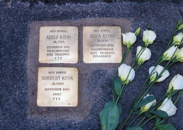 Stolperstein for grandparents and uncle