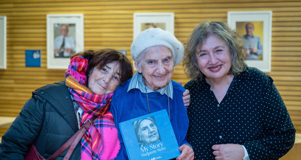 AJR member Margarete Stern with her My S