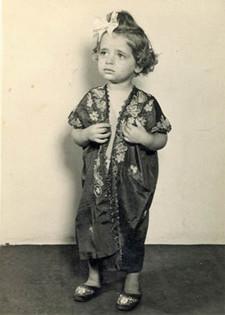 Julia, 1942