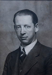 Ruth's father Max