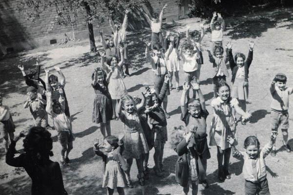 North West London Jewish Day School, 1945. Charlotte is in the dark dress