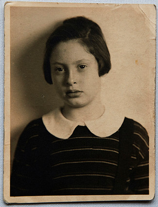 On Ruth's arrival to England in 1939 aged 10