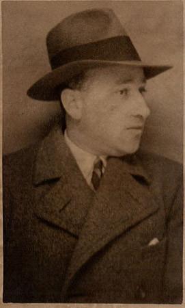 Tomi Komoly