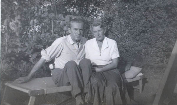 Uncle Miklós & Aunty Hilda,1958