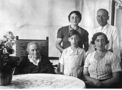 Grandmother (maternal) Theresa Klausner, Olga & parents