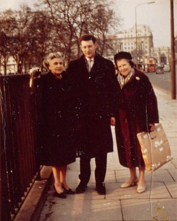 Ann Lubin with Tom & his mother in London c.1964