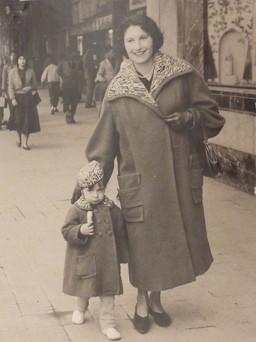 Bettina Caro