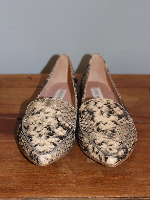 feather snake flats