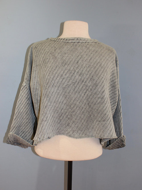 grey cropped bell sleeve top