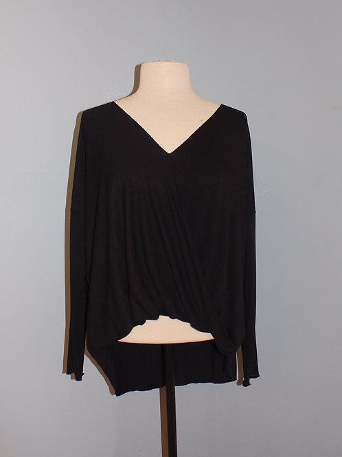 black knit high/low top