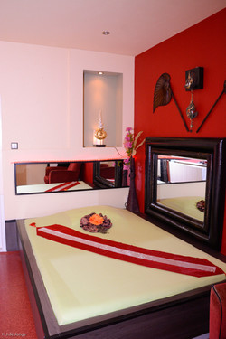 Darathai - Room 03.jpg