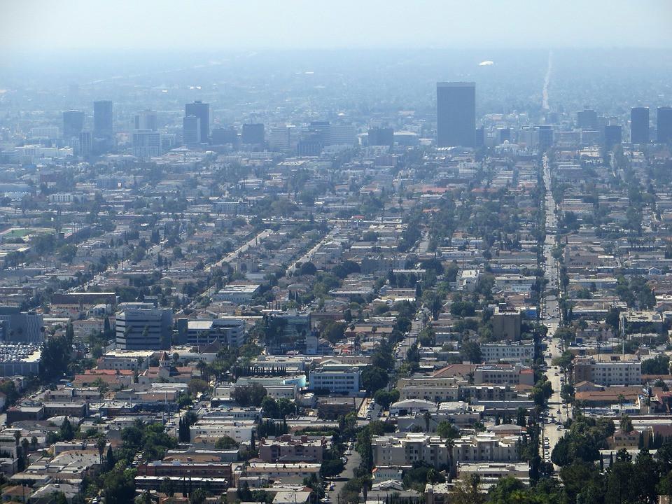 cidade poluída vista de cima