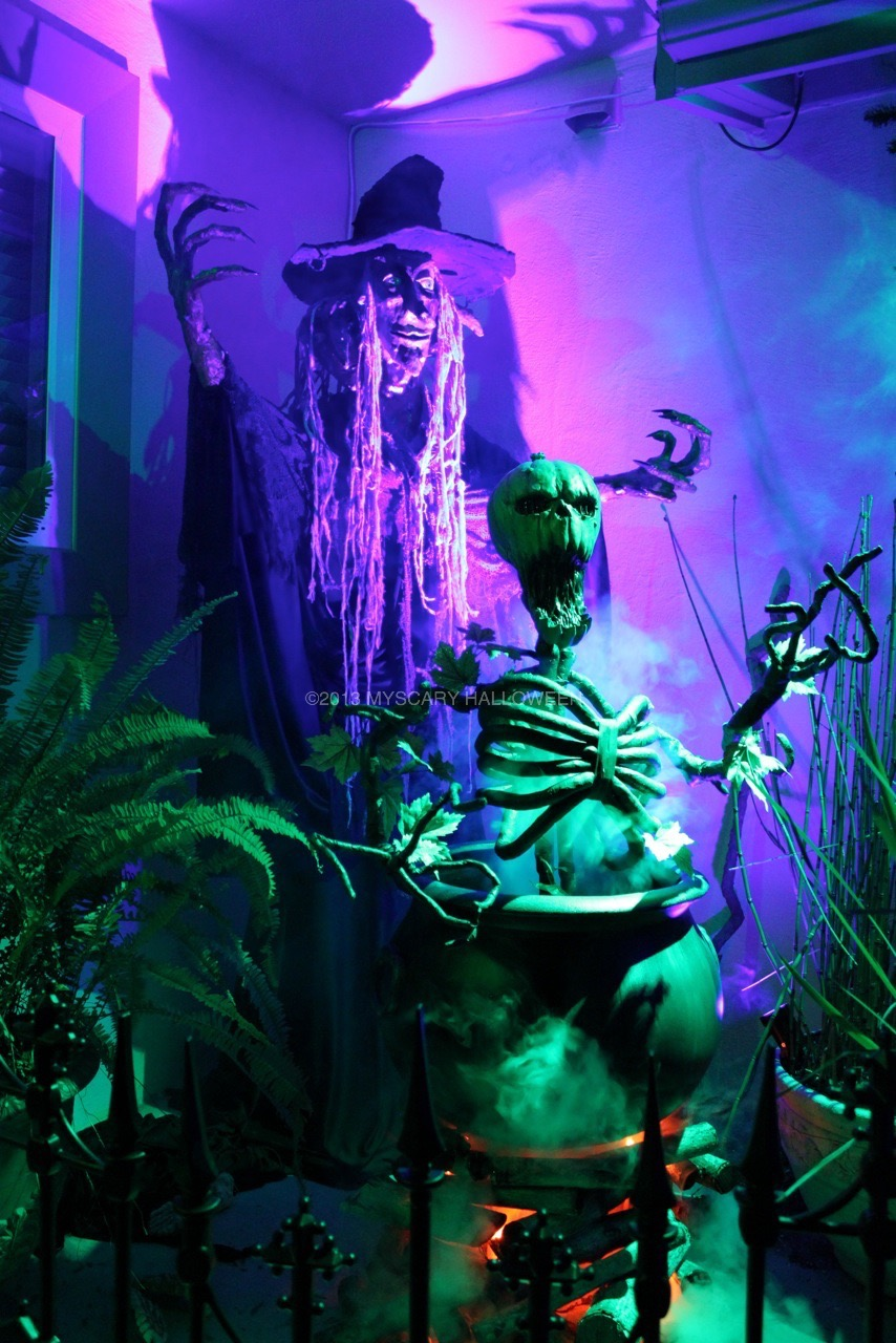 WitchingHour_2013_13