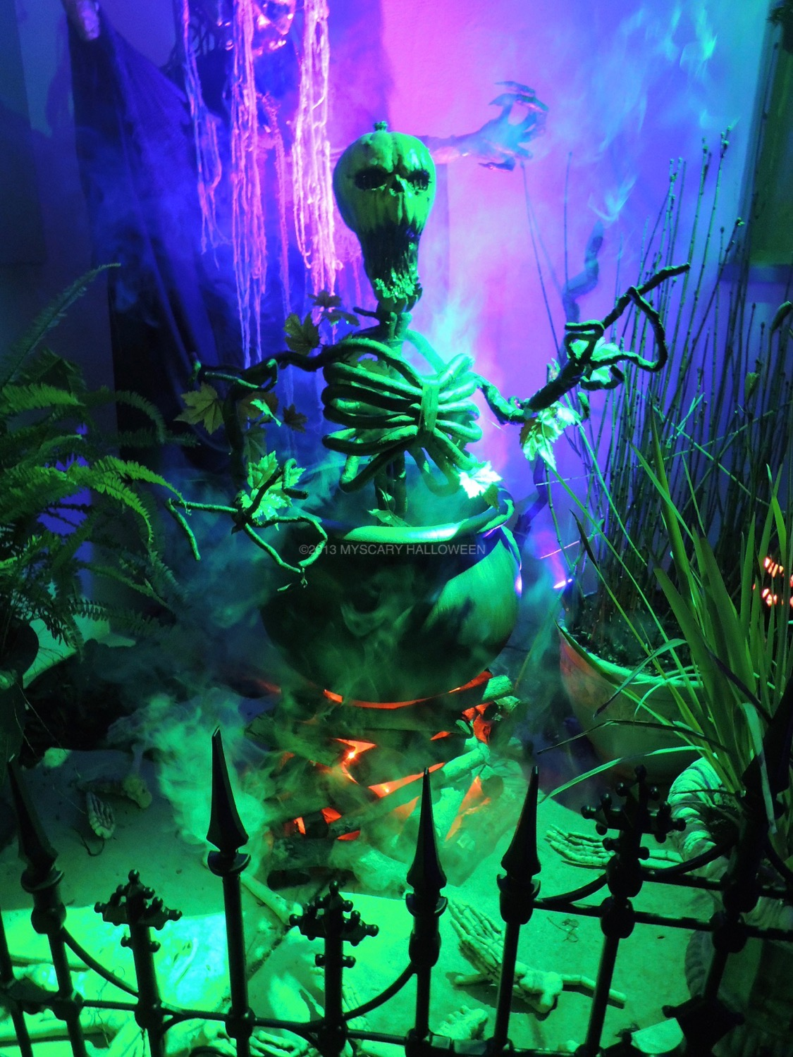 WitchingHour_2013_16
