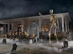 12-Foot Skeleton Wins Halloween 2020