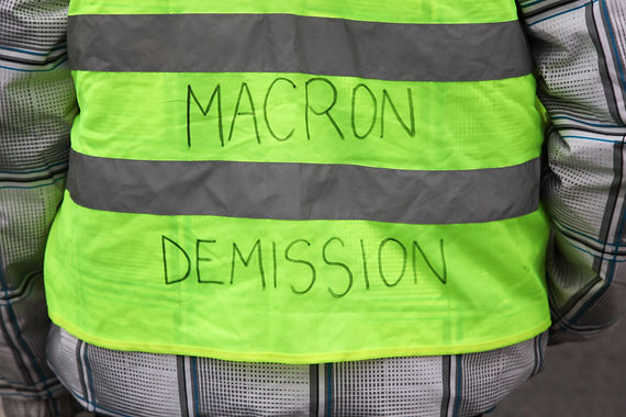 Yellow vests protest against higher fuel
