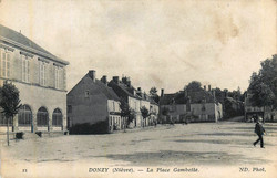 Donzy-la-place-Gambetta