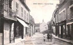 Donzy-rue-de-letape